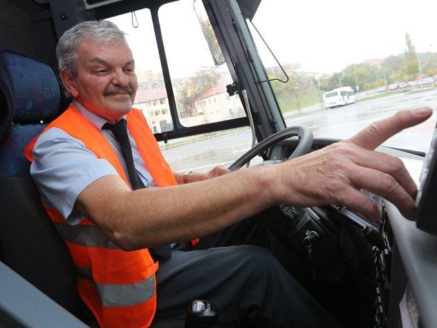 Již v říjnu loňského roku oblékli řidiči na protest reflexní vesty