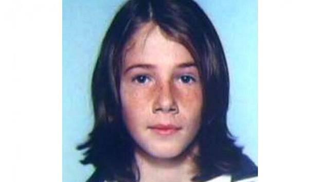 Jan Vedral z Jablonného v Podještědí odešel 9. dubna 2010 kolem 8.00 hodiny z místa bydliště a do současnosti se nevrátil. Šestnáctiletý mladík je 170 cm vysoký, střední postavy. Má zelené oči a hnědé krátké vlasy česané na pěšinku.