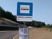 Po dvou letech se vrací autobusy do zastávky Kunratice, Nad Lukášovem.