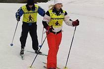 Ze smržovské Sněženky vyjely děti lyžovat do Vesce.