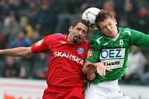 V Jablonecké Chance areně přivítal domácí FK hosty z Brna.Zápas zkončil poměrem 2:0 pro domácí. Na snímku Petr Pavlík a Tomáš Necid.