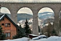 Viadukt: dominanta a chlouba Smržovky
