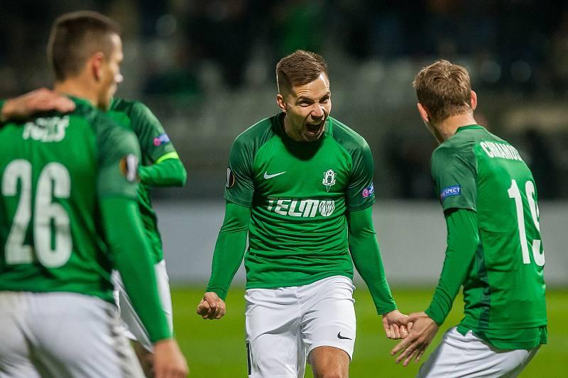 Zápas skupiny K Evropské ligy mezi týmy FK Jablonec a FC Astana se odehrál 25. října na stadionu Střelnice v Jablonci nad Nisou. Na snímku druhý zprava Jakub Považanec.