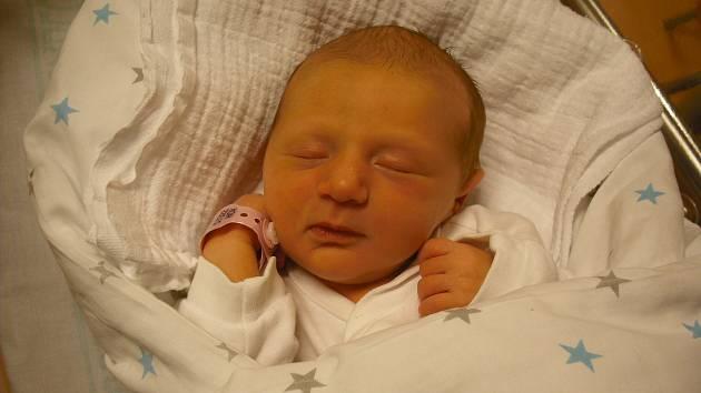 Tereza Košťáková. Narodila se 27. prosince v jablonecké porodnici mamince Michaele Košťákové z Jablonce nad Nisou. Vážila 2,61 kg a měřila 46 cm.