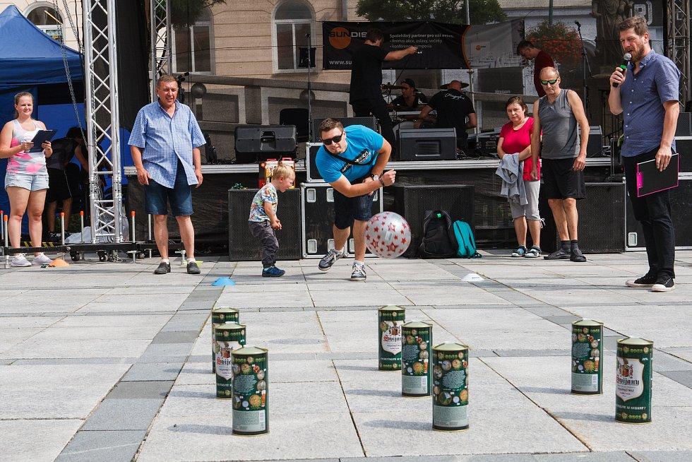 Centrum Jablonce ožilo v sobotu Jabloneckými slavnostmi piva.