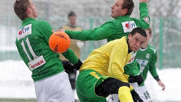 V sobotu 13. 3. proběhlo za hustého sněžení utkání ČFL mezi celky FK Baumit Jablonec nad Nisou B – FC Karlovy Vary.