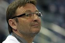 Josef Petřík se narodil 3. února 1955. Do Liberce přišel jako hráč v roce 1981. V pozici hlavního trenéra už působil v letech 1997 a 1998.