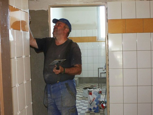 Rekonstrukce WC na ZŠ Mozartova v Jablonci n. N.