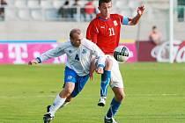 Tomáš Pekhart (11) v zápase proti Islandu v Jablonci nad Nisou.