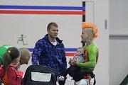Tradiční Silvestrovský desetiboj v jablonecké atletické hale si opět našel své příznivce, závodníky i fanoušky.