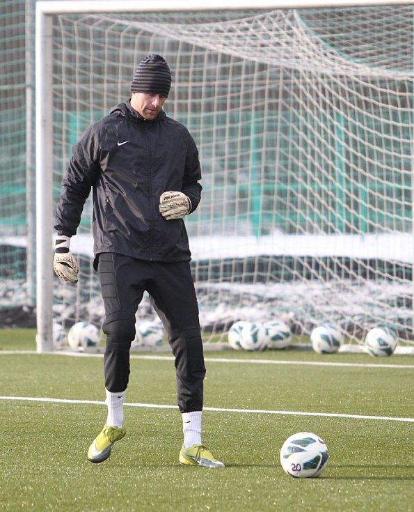 Fotbalisté Jablonce zahájili ve středu zimní přípravu. Na snímku brankář Michal Špit.