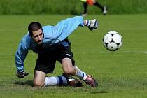 V posledním kole 1. B třídy se utkal zachraňující se Sokol Držkov s FC Atax Jenišovice.