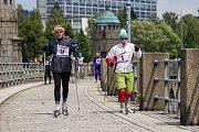 Největší lyžařská událost letní sezony se uskutečnila 18. června v Jablonci nad Nisou. U vodní nádrže Mšeno se konal recesistický závod v běhu na lyžích Prasoloppet - Prasův běh 2017.