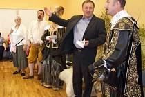ALBRECHT Z VALDŠTEJNA přijel na návštěvu Jablonce.
