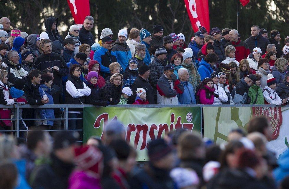 Biatlonová exhibice přilákala přes dva tisíce lidí.