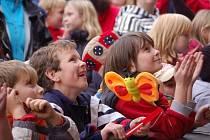 Děti si jednotlivá vystoupení užily.