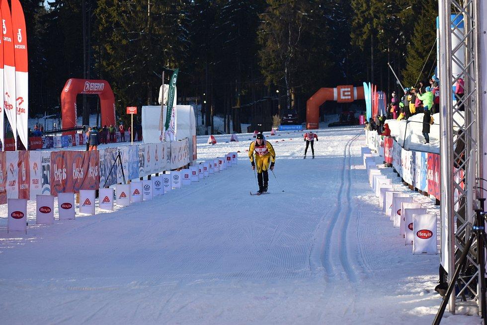 V sobotu odpoledne byl na programu Jizerské padesátky závod štafet.