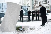 Vedení jabloneckého magistrátu uctilo ve středu 27. ledna Den památky obětí holokaustu.