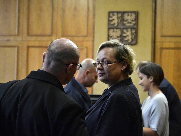 Krajský soud vPraze zprostil obžaloby Pavla Šrytra a Jána Kaca, protože se podle něj neprokázalo, že skutek spáchali.