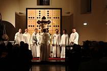 Letošní sezonu odstartoval v kostele sv. Anny ve čtvrtek soubor SCHOLA GREGORIANA PRAGENSIS s programem MAGNA PASCHA 50 dní Doby velikonoční.