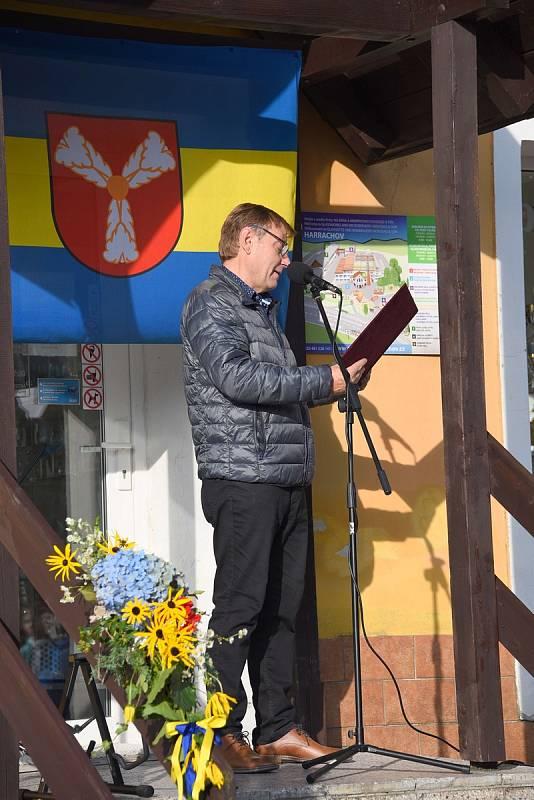 Harrachov se díky dobrovolníkům těší z upravené kapličky
