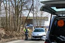 V pondělí krátce před polednem došlo v jabloneckých Rýnovicích k dopravní nehodě. Jeden z účasníků měl v autě dítě, ale naštěstí se nikomu nic nestalo. Odnesly to pouze plechy.