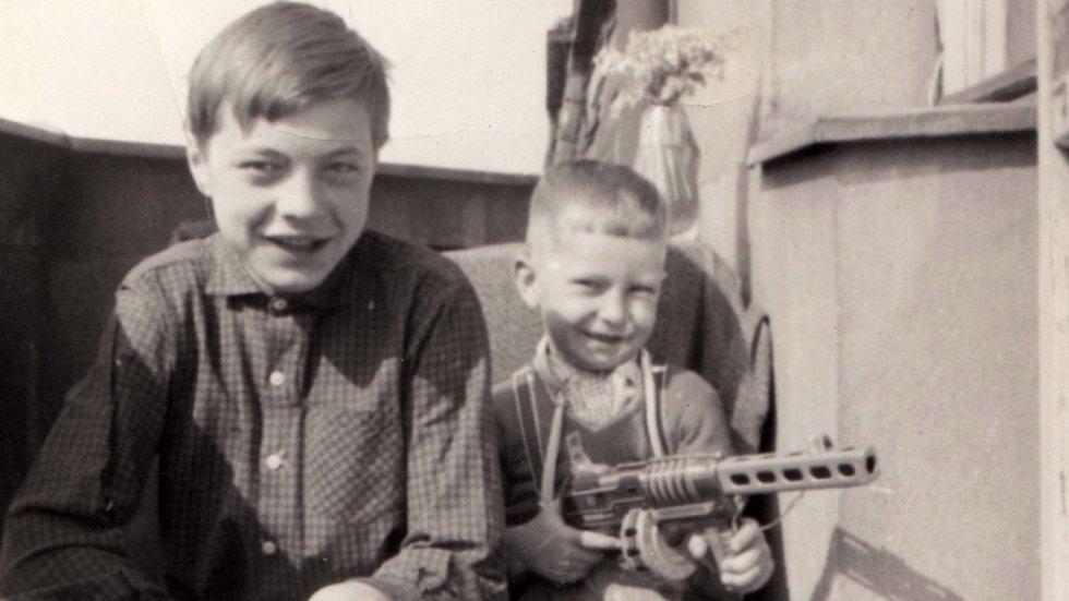Bratři René a Jiří Matouškovi na konci 60. let 20. století.