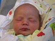 Robert Černohous se narodil Pavle a Davidovi Černohousovým z Českého Dubu 25. 10. 2016. Měřil 52 cm a vážil 4020 g.