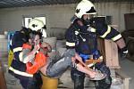 Námětové cvičení s vyprošťováním zraněných v Proseči nad Nisou na nádraží.