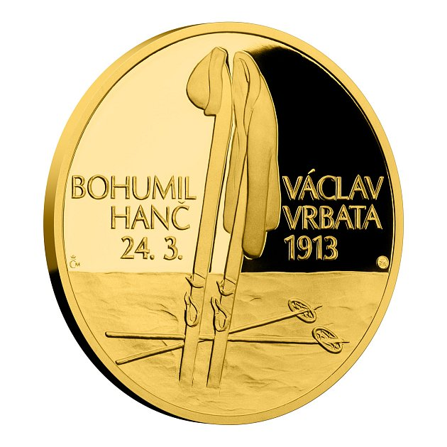 Běžec na lyžích Stanislav Řezáč vyrazil vČeské mincovně první pamětní medaili ktragickému příběhu Hanče a Vrbaty.