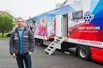 Čeští biatlonisté představili 7. listopadu v Jablonci nad Nisou zbrusu nový servisní kamion. Na snímku je hlavní trenér české biatlonové reprezentace, Ondřej Rybář.