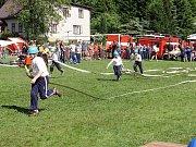 Sbor dobrovolných hasičů Zlatá Olešnice. To je dřina.