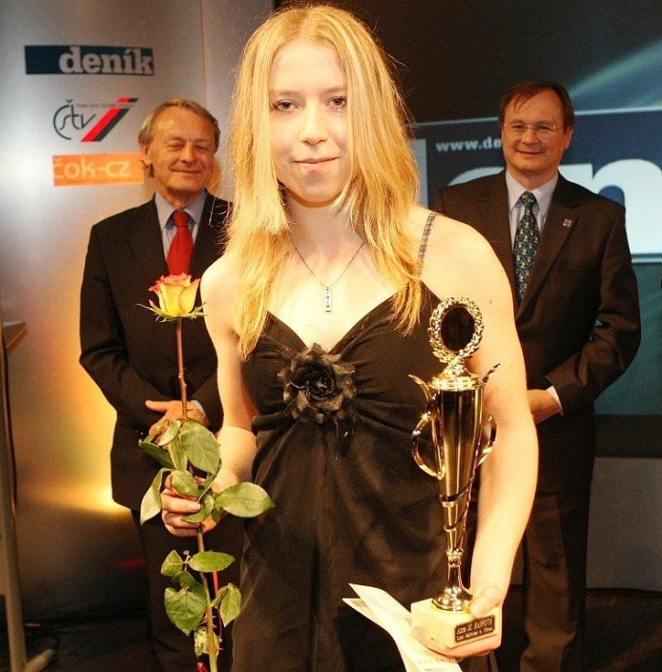"""Vyhlášení ankety """"Sportovec Libereckého kraje 2008"""" v divadle F. X. Šaldy. Anna Marie Rappová Liaz Jablonec n. N. (atletika)."""