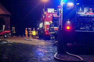 Požár Šámalovy chaty na Nové louce