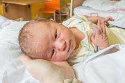 VIKTOR KNAP se narodil ve čtvrtek 10. srpna mamince Denisa Knapové z Desné v Jizerských horách. Měřil 52 cm a vážil 3,60 kg.