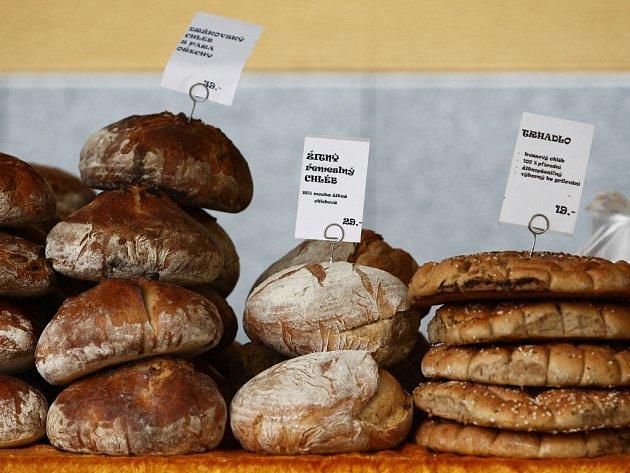 Farmářské trhy. Domácí chleba.
