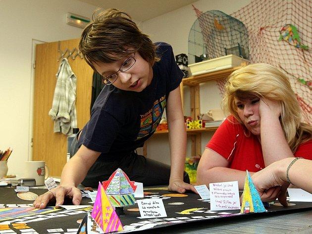 Děti si ve Sněžence vyzkoušely řadu výtvarných technik