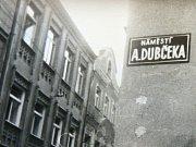 Pod vlivem revoluce lidé přejmenovávali ulice i náměstí.