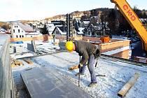 V Tanvaldu v prosinci pokračuje výstavba nové hasičské zbrojnice za 13 milionů korun. Stavba má být dokončena v srpnu 2010.