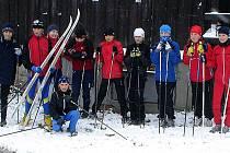 Lyžaři poprvé nazuli lyže