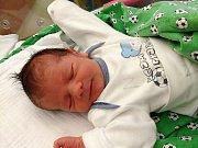 TOMÁŠ LUND se narodil Daně a Jonathanovi Lundovým z Vlastibořic dne 14.12.2016. Měřil 50 cm a vážil 3350 g.