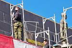 V Železném Brodě pokračují práce na zateplení místní sokolovny včetně střech a výměny oken a dveří.