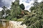 Sobotní apokalypsa po krátké ale razantní bouřce s vichřicí.