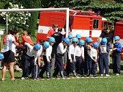 Sbor dobrovolných hasičů Zlatá Olešnice. Na startu útoku Plamen 2009.