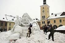 Zrození Krakonoše na jilemnickém náměstí v lednu 2011. Čtvrtek 6. ledna 15.00.