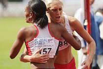 V Jablonci na Střelnici vrcholí atletické klání sportovců s intelektuálním handicapem Global Games 2009. Ve čtvrtek proběhlo 10 finále. Doběh 400 žen, druhá Polka Sabina Stenka téměř zkolabovala. zvedla jí ze země třetí Britka Monique Davis.