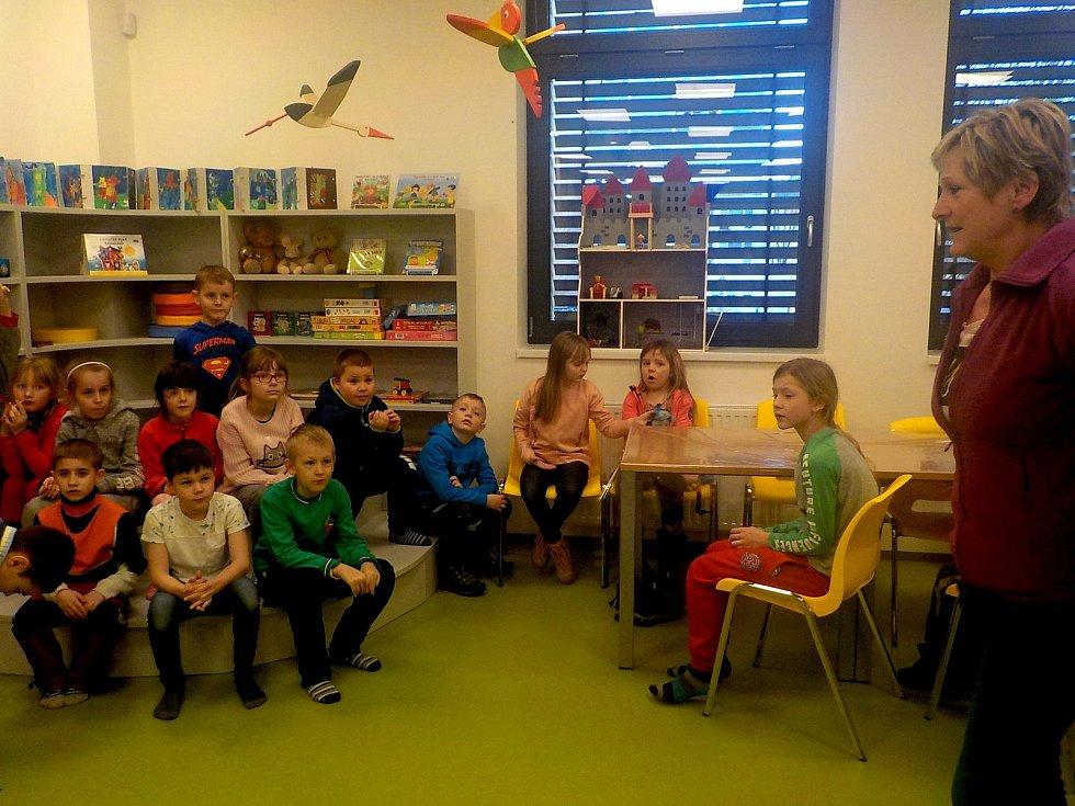 Novou Městskou knihovnu navštívily už děti z družiny
