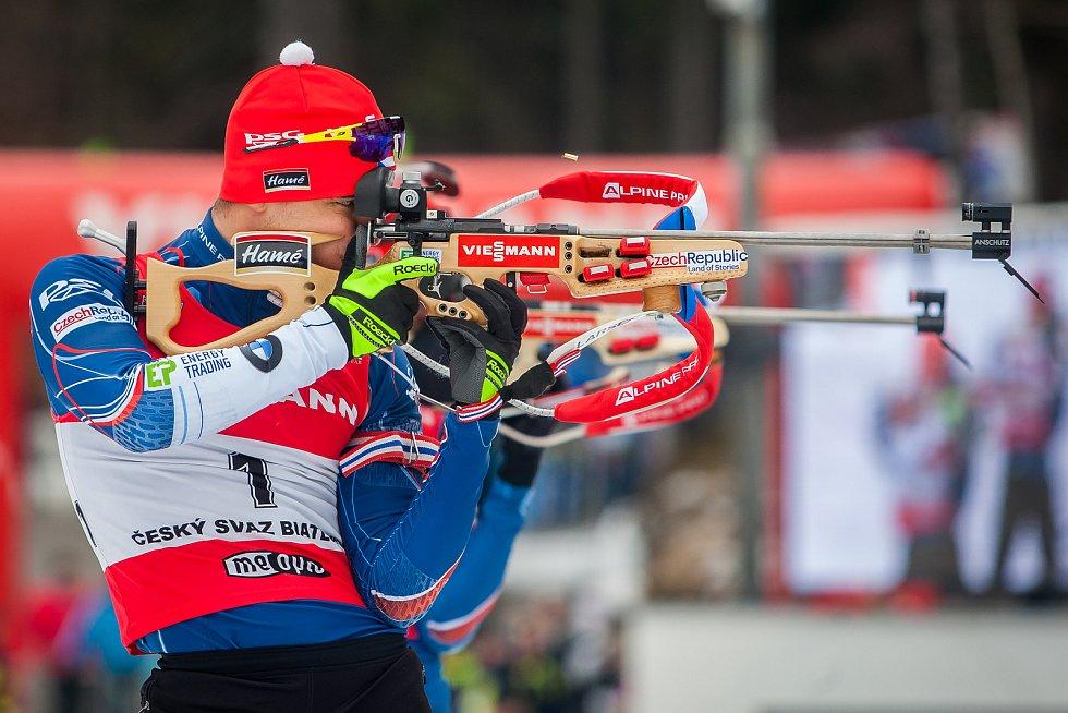 Exhibiční Mistrovství České republiky v biatlonovém supersprintu proběhlo 23. března ve sportovním areálu Břízky v Jablonci nad Nisou. Na snímku je biatlonista Michal Klrčmář.