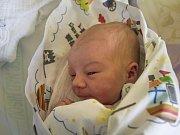ŠIMON ZEJBRLÍK. Narodil se 23. února Michale Štěrbové a Jaroslavu Zejbrlíkovi z Českého Dubu. Vážil 3,63 kg a měřil 49 cm.