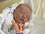 ANIČKA SÝKOROVÁ se narodila v úterý 24. října mamince Lence Valčíkové z Chotyně.  Měřila 51 cm a vážila 3,87 kg.